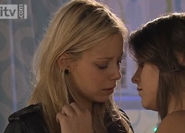 Sophie & Sian (Coronation Street) Kiss Preview