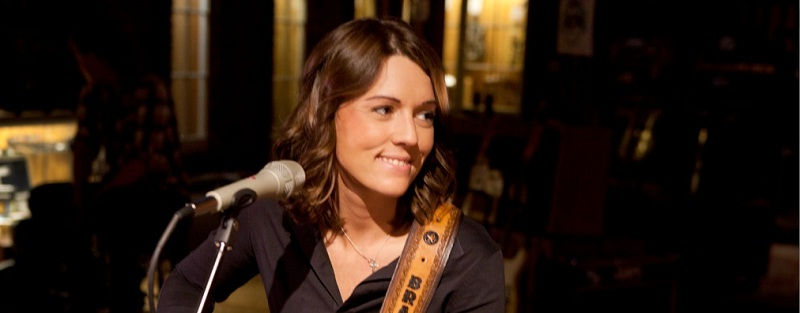 Brandi Carlile - Downpour (performance + interview)