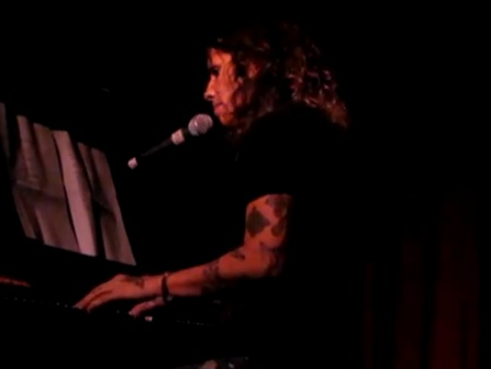Linda Perry - Angie (Live at Hotel Cafe)