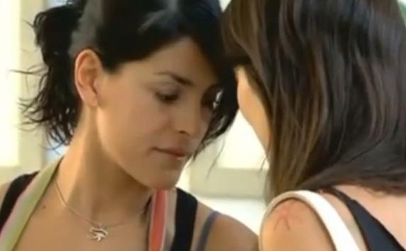 Julia & Mariana (Las Aparicio) - Es de Verdad