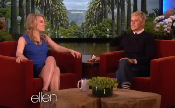 The Ellen Degeneres Show - Kate McKinnon Meets Ellen