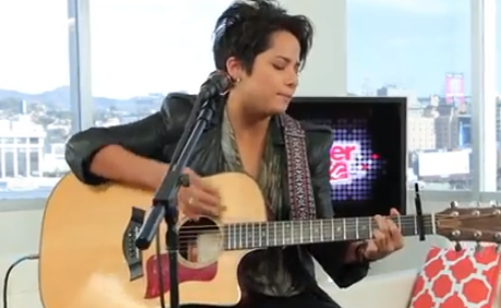 Vicci Martinez - Come Along (Live On Sunset)