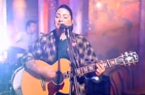 Lucy Spraggan - Lighthouse (Live on ITV's This Morning)