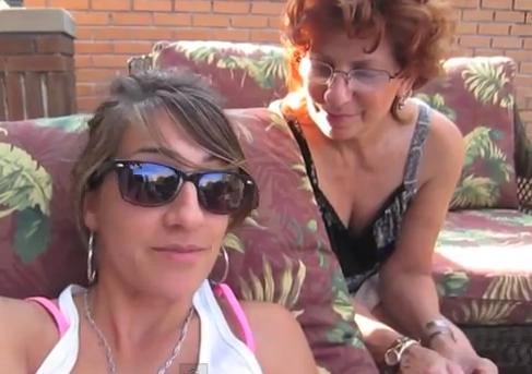 Arielle Scarcella (GirlfriendsTV) - Testing Mom's Gaydar