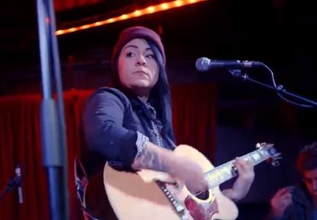 Lucy Spraggan - Tea & Toast (Live @ Borderline)
