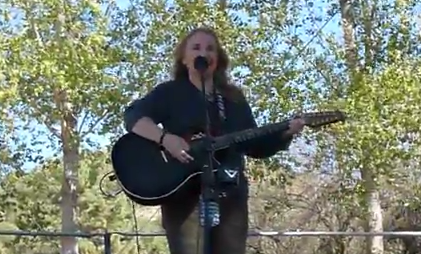 Melissa Etheridge - I Take You With Me (Live @ Living Free Fundraiser)
