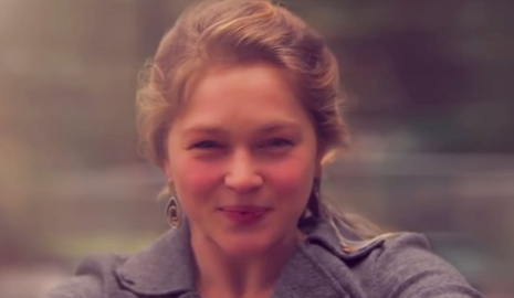 Crystal Bowersox - Coming Out For Christmas