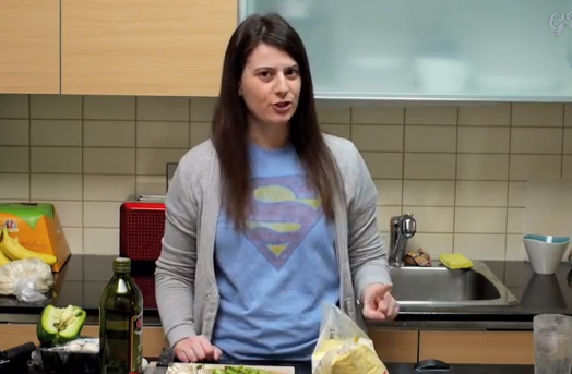 Cooking With lesbians - Lost Girl Pizza Party