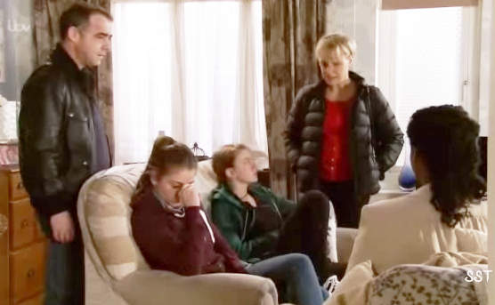 Sophie & Maddie (Coronation Street) - 7 April 2014