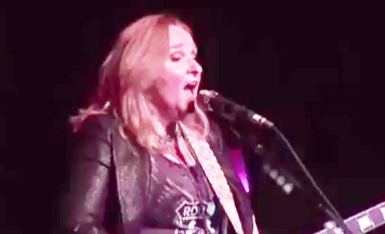 Melissa Etheridge - This Is Me Solo Tour