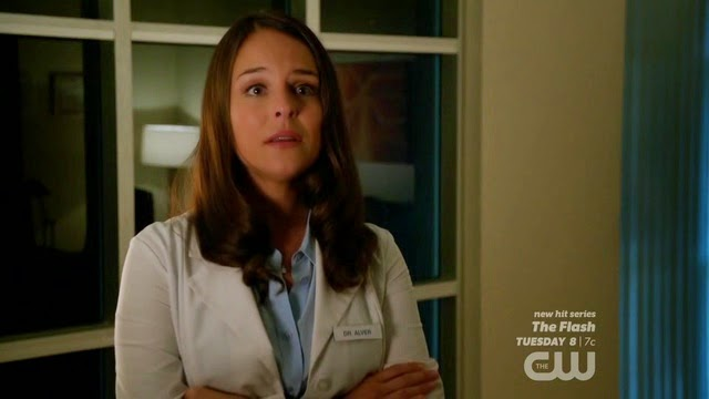 Luisa & Rose (Jane The Virgin) – Season 1, Episode 1