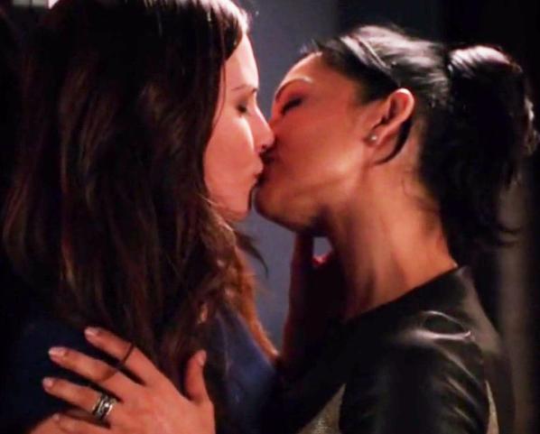 Kalinda & Lana (The Good Wife) – Season 6, Episode 5