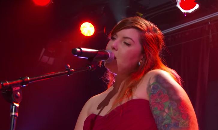 Mary Lambert - Red Lipstick (Live @ #AmexAIR Concert)