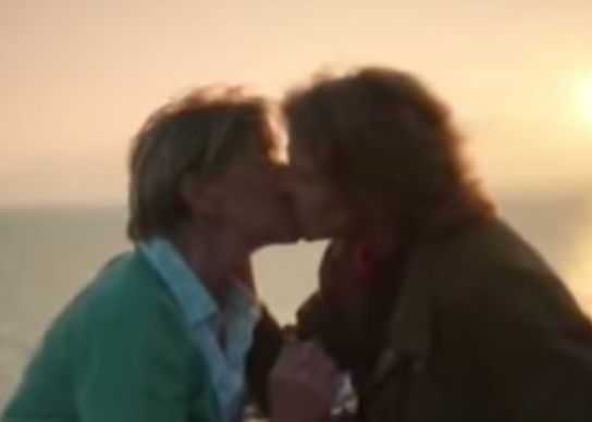 Jocelyn & Maggie (Broadchurch) - Kiss