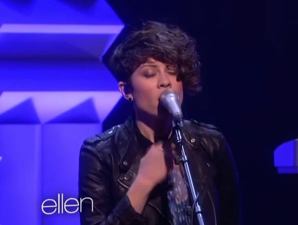Tegan & Sara - Closer (Live on Ellen)