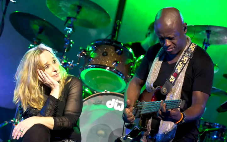 Melissa Etheridge - A Little Bit Of Me: Live In L.A. (Official Trailer)