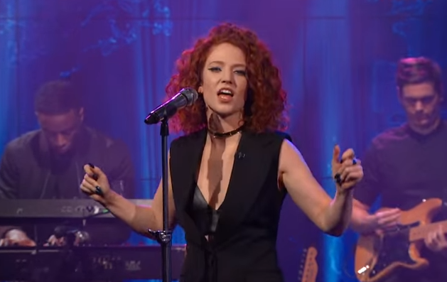 Jess Glynne - Don't Be So Hard On Yourself (Live @ The Daily Show)