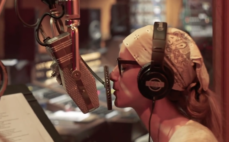 Chely Wright - In-Studio Intro to the Forthcoming Record I Am The Rain