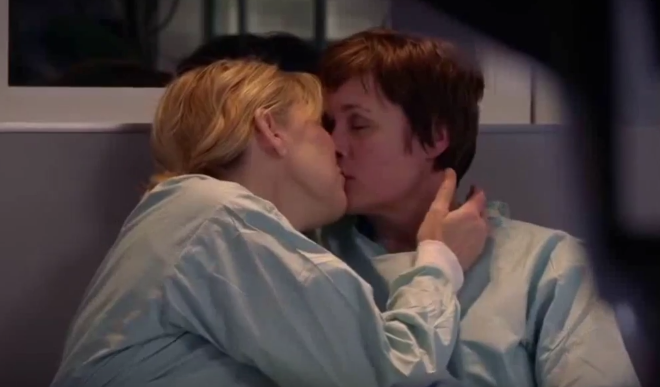 Bernie & Serena (Holby City) - Love Is A Stranger