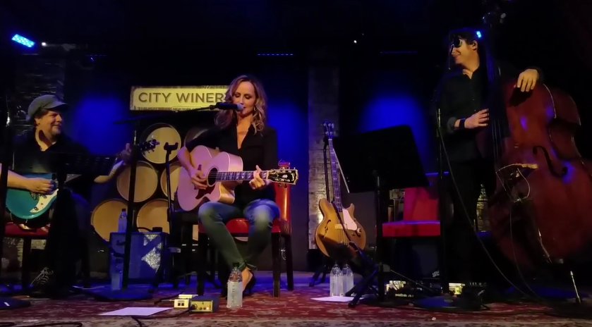 Chely Wright - Holy (Live)