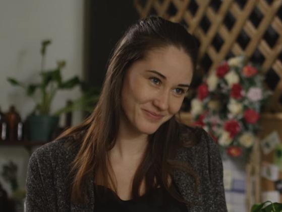 "Couple-ish – Season 2, Episode 5 – ""Floral History"""