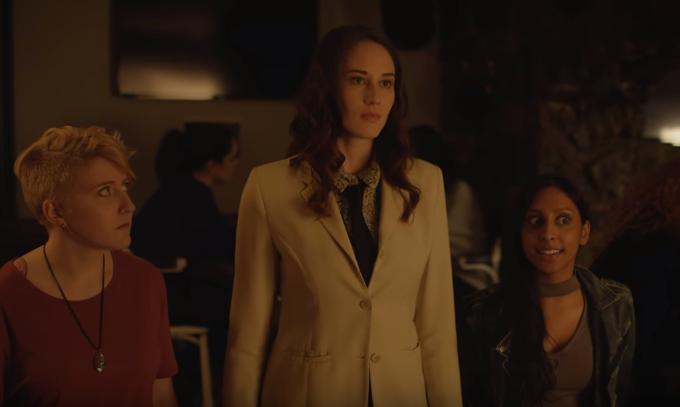 "Couple-ish – Season 2, Episode 10 – ""Bar Brawl"""