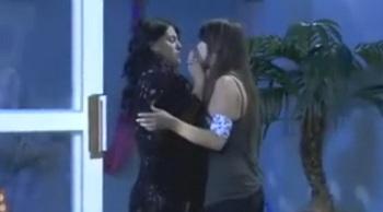 Las Aparicio - Ep 112 - Julia & Mariana