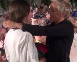 Best Lesbian Flash Mob Proposal Ever